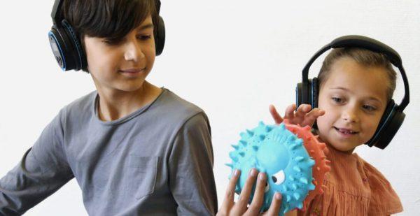 SOUNDSORY - multisensoryczne słuchawki powietrzno-kostne